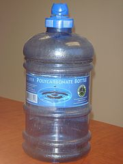 180px-Polycarbonate_water_bottle