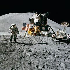 240px-Apollo_15_flag,_rover,_LM,_Irwin