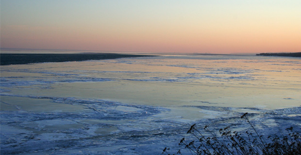 Ice covering Lake Superior, which should be impossible according to Al Gore. Photo: Brynn / Wiki