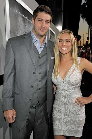 Chicago Bears quarterback Jay Cutler and his wife, former Laguna Beach star  Kristin Cavalarri.