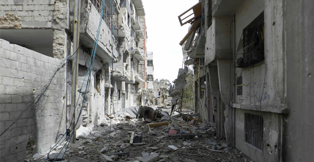 A destroyed alley in Homs, Syria. Credit: Bo yaser / Wiki