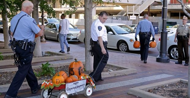 """Protesters Who Planned To Smash """"Police Brutality"""" Pumpkins Arrested For Littering, Assault"""
