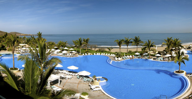 """Pueblo Bonito Emerald Bay Resort in Mazatlan, site of the June 2011 Mexican state governors' conference, which was also allegedly attended by current """"fugitive"""" Joaquin Guzman Loera, also known as """"El Chapo."""""""
