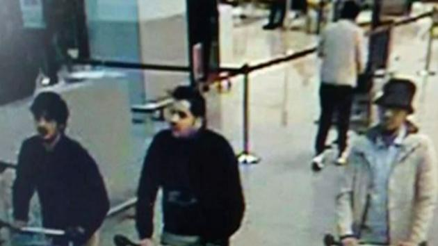 """Altercation Between Police and """"Middle Eastern-Looking"""" Men on Eve of Brussels Attack"""