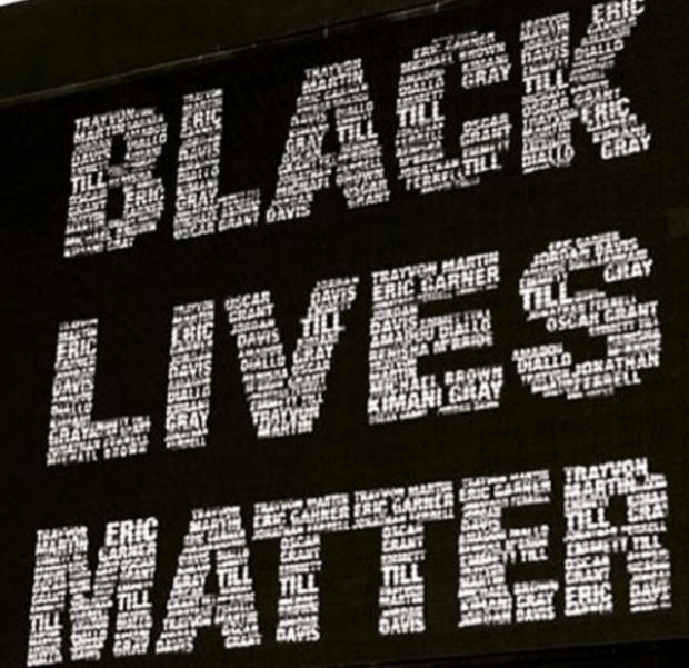 Facebook Headquarters Puts Up Massive 'Black Lives Matter' Sign Following Dallas Shooting