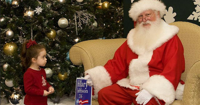 Mall Santa Removed for Telling a Girl Hillary Clinton Is on His 'Naughty List'