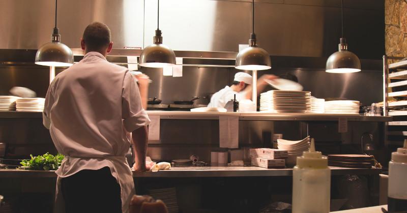 Bad Weather Boosts Negative Restaurant Reviews