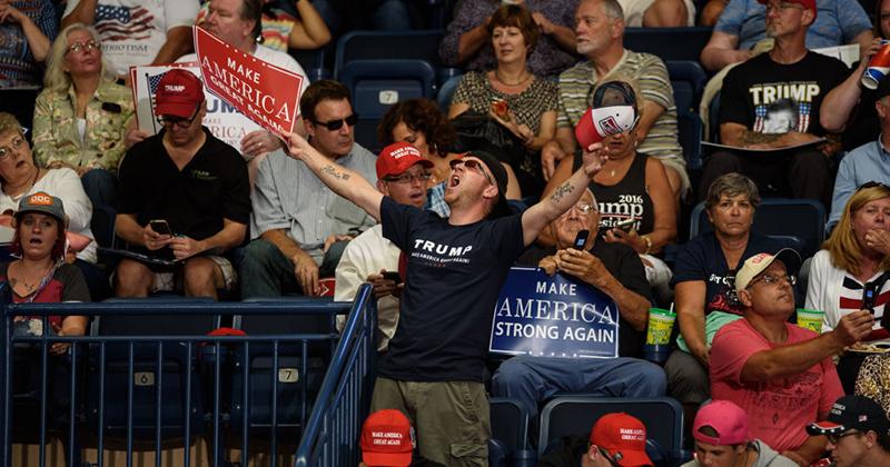 American Revolution 2.0 Has Begun: Citizens Begin Peaceful Uprising Against Corrupt Establishment & Government