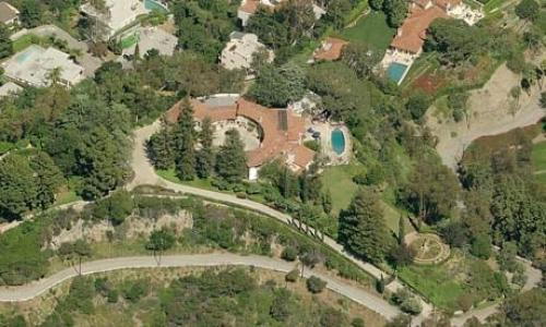 Report: Rupert Murdoch's Mansion 'Burning Down' In LA Wildfire