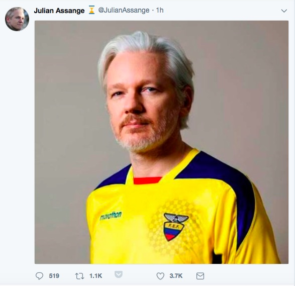 Ecuador Issues Assange a Passport as Plan Develops to Remove Him from London Safely