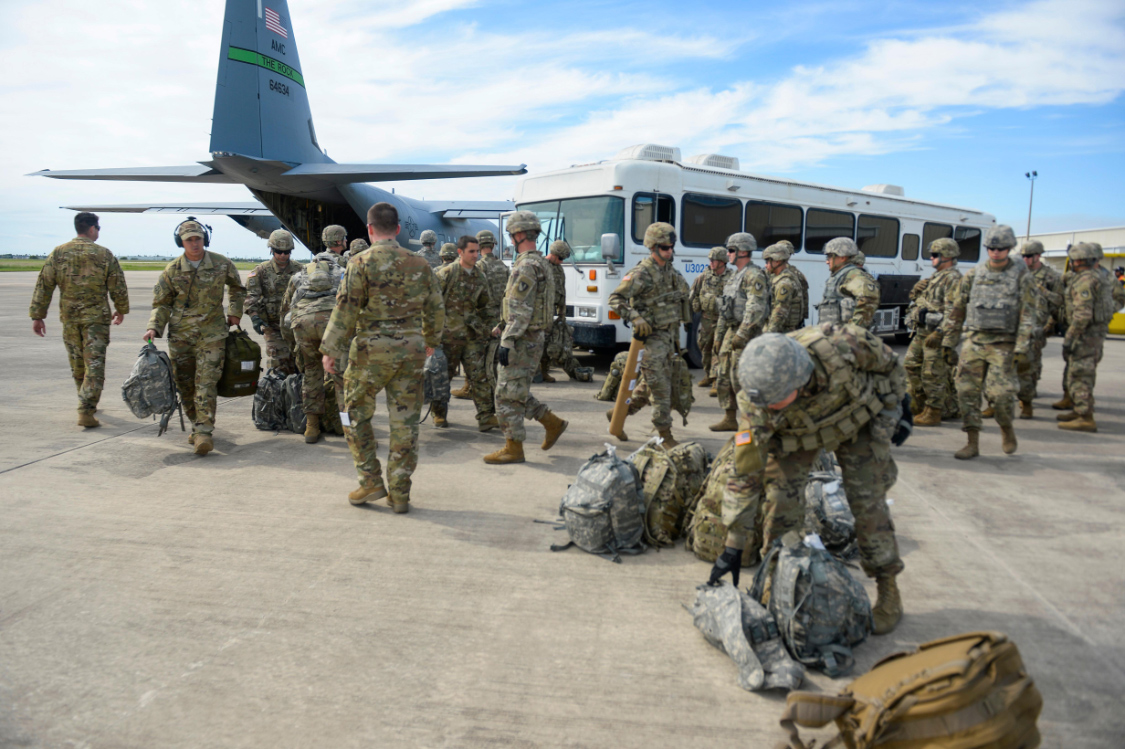 PHOTOS: First 100 US Troops Arrive to Serve at Border