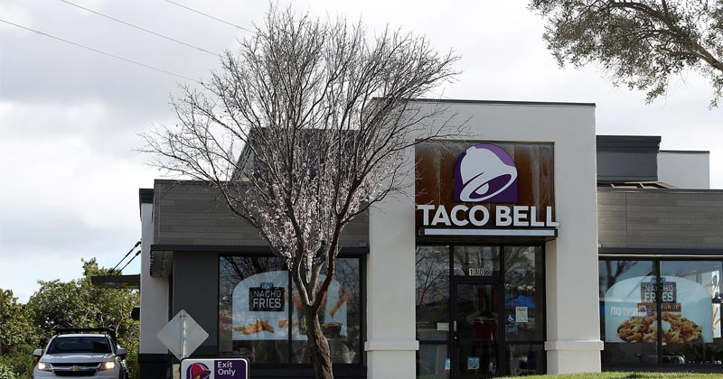 Missing taco sauce sparks gunfire at Taco Bell drive-thru