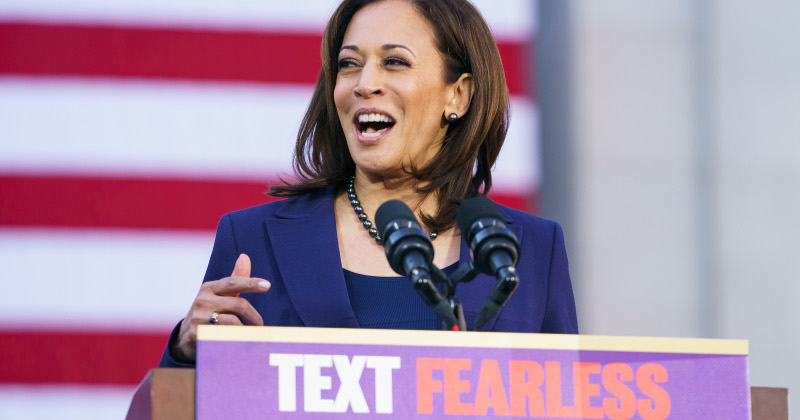 Kamala Harris Vows to End All Private Health Care Plans