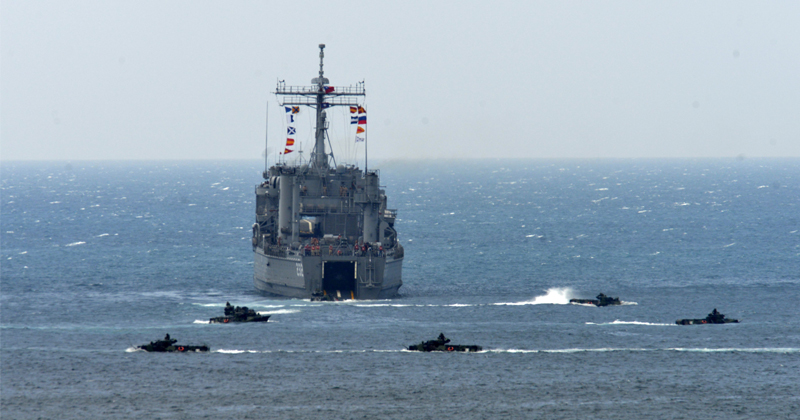 Potential US Navy Presence Near Taiwan Escalates Chinese Tensions