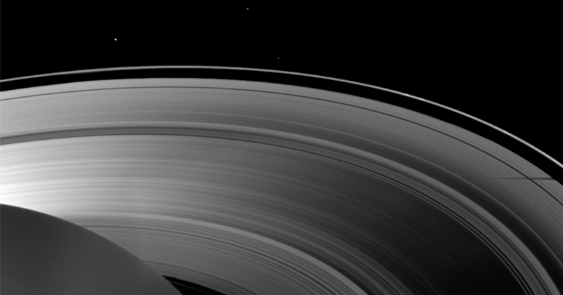 Saturn's Rings Reveal First Precise Measure of Planet's Day Length