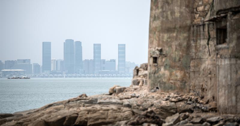 US Warships Sail Through Taiwan Strait Despite Beijing's Past Warnings