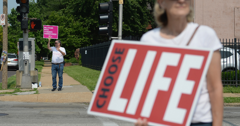 Missouri's Last Abortion Clinic at Stake as Judge Holds Hearing