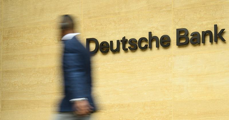 Bank Run: Deutsche Bank Clients Are Pulling $1 Billion A Day