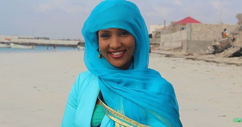 Journalist Travels to Ilhan Omar's Homeland to Prove Somalia is Beautiful, Gets Killed by Terrorists