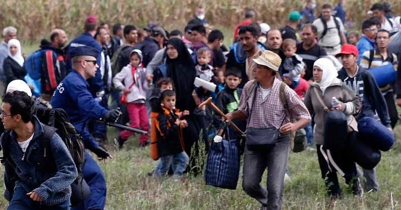 """Turkey Threatens to """"Open the Floodgates"""" to Migrants Entering Europe"""