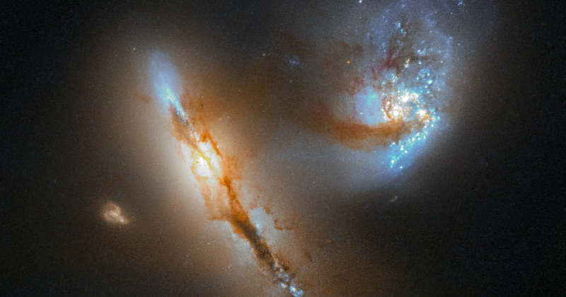Hubble Catches Two Galaxies at Play
