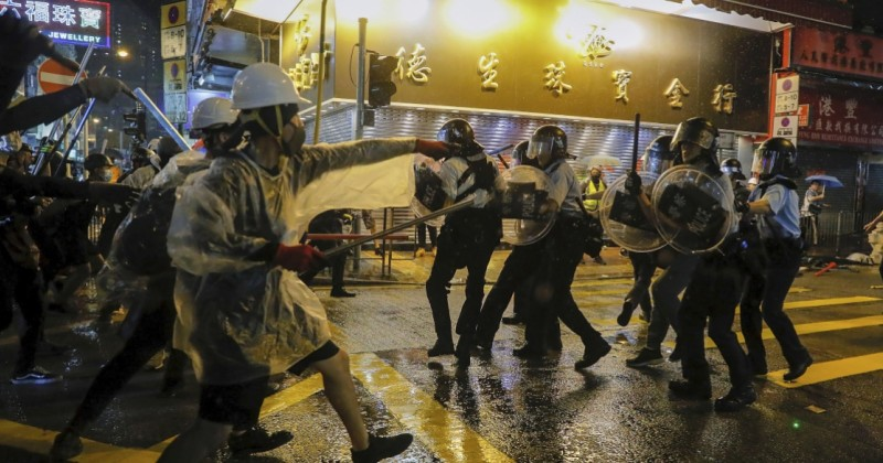 Martial Law Considered in Hong Kong to Crush Pro-Democracy Protests