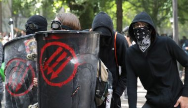 Conservative Activist Claims Antifa is Planning to Stage Violence in Virginia & Blame it on Pro-Gun Protesters