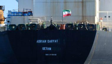 Iranian Tanker Moves to Greece Despite US Seizure Demands