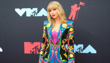 So Trendy: Taylor Swift Blasts Trump at MTV Video Music Awards