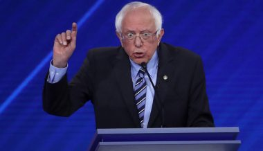 Bernie Sanders Calls For Complete Ban on Deportations