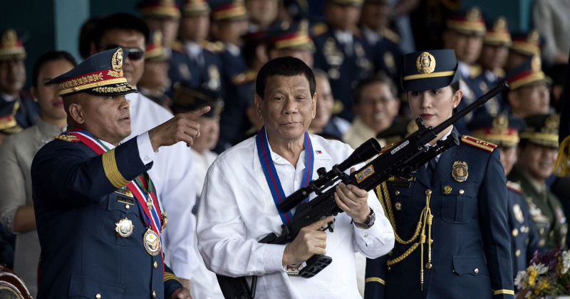 Duterte Tells Filipinos to 'Shoot' Corrupt Officials, Promises No Prison Time