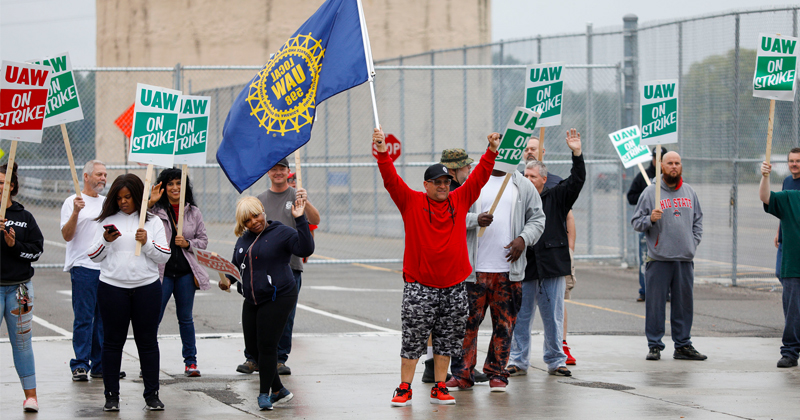 Strike Against GM Comes as Union Leaders Face Corruption Investigation
