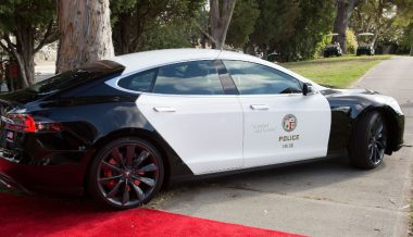 Police Tesla Fails During High-Speed Pursuit of 'Felony Vehicle'