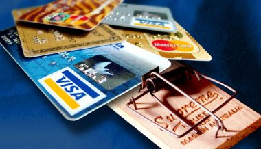 Drop in Credit Card Debt Rocks Wall Street Pundits