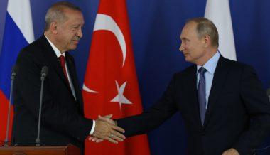 Putin Invites Erdogan to Russia - Kremlin
