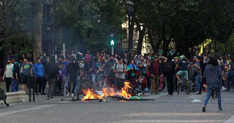 Chile Extends Curfew as Death Toll Rises