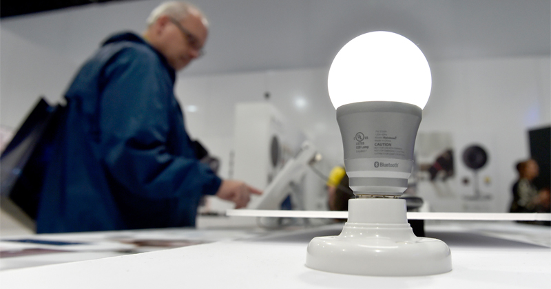 Hackers Can Exploit Smart Lights to Spy on You - Study