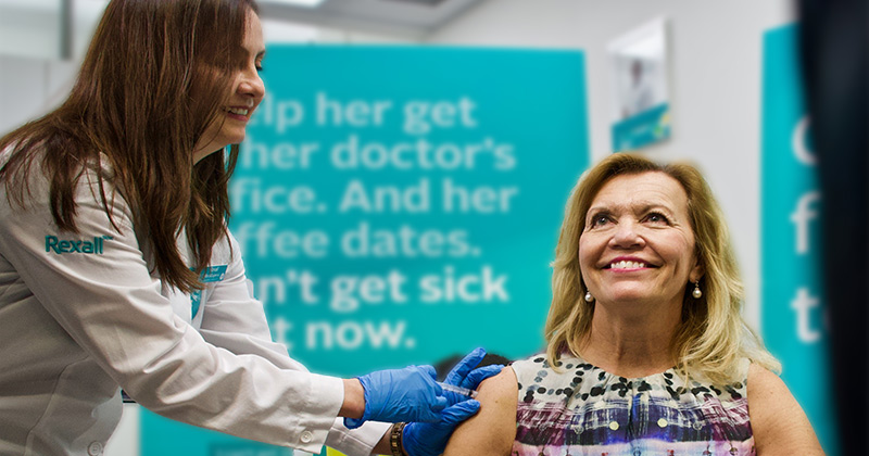 Video: Canada Health Minister Accused of Faking Flu Shot While Pushing Vaccines