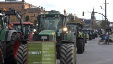 German Farmers Block Hamburg in Revolt Against Globalist Environmental Regulations