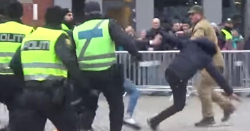 Video: Muslims Vault Fence to Attack Anti-Islam Activist For Burning Koran