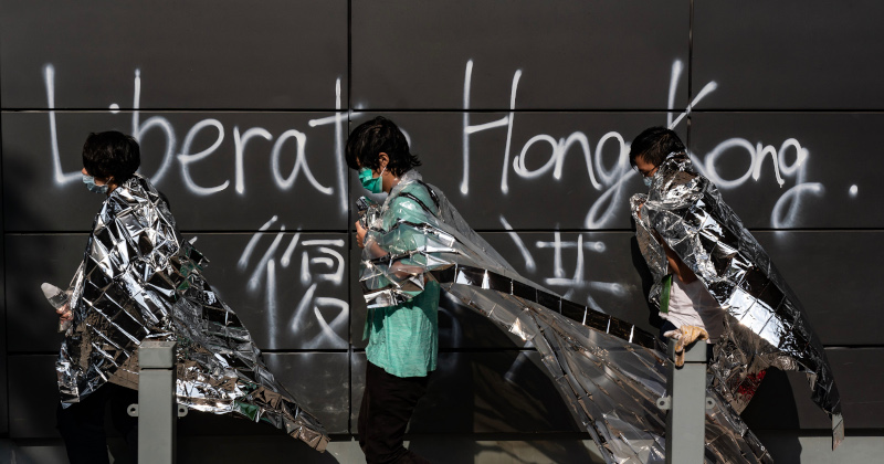 "Wealthy Hong Kongers ""Activating Contingency Plans"" As Violence Spirals Out Of Control"