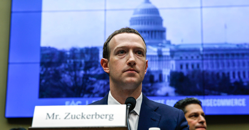 Zuckerberg Had 'Secret' Meeting With Trump at White House