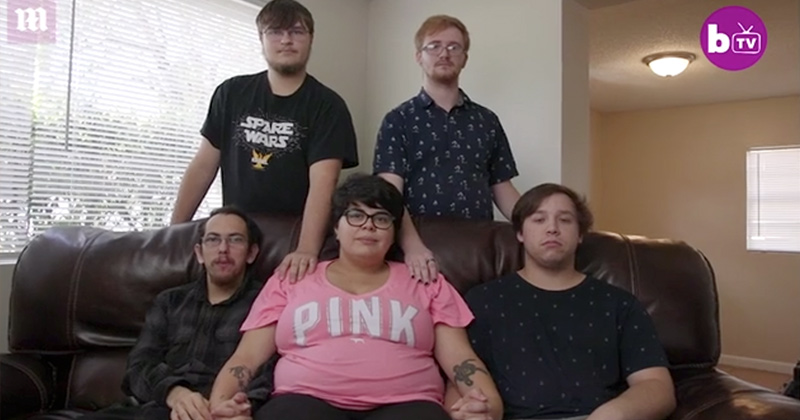 Pregnant Polyamorous Woman to Raise Child With Her 4 Boyfriends