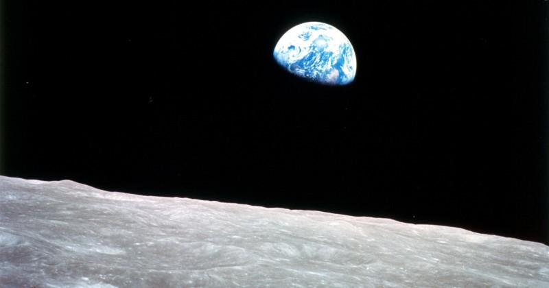 Earth, Moon Not Identical Oxygen Twins, New Research Suggests