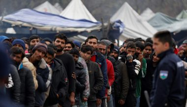 Thousands of Well-Funded Male Migrants Terrorizing Bosnian Border Town