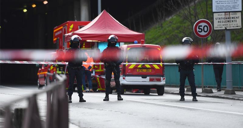 French prosecutors say Paris suburb knifeman had Koran but 'no sign' of radicalization