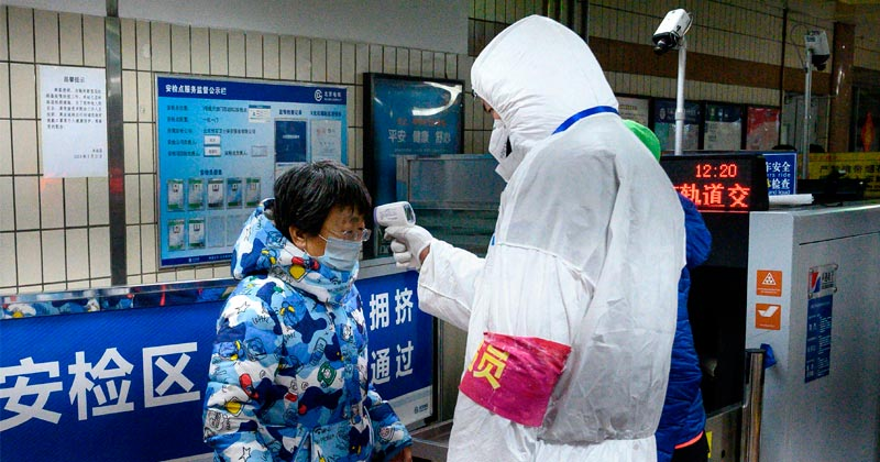 """Coronavirus Contains """"HIV Insertions"""", Stoking Fears Over Artificially Created Bioweapon"""