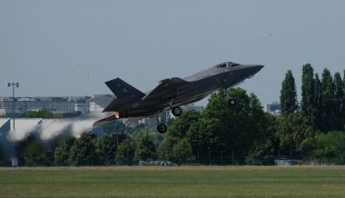 Poland Buying Over 30 F-35s From US