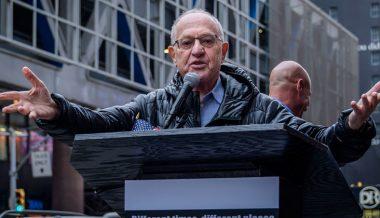 Trump impeachment defense team will include Clinton prosecutor Ken Starr and Epstein lawyer Alan Dershowitz