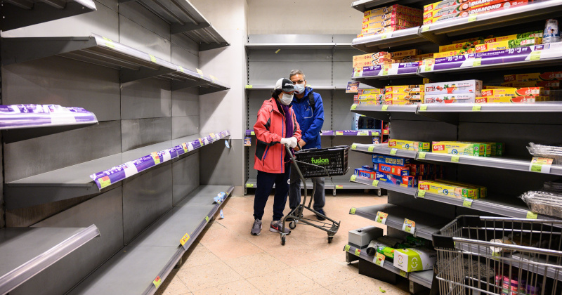 Hong Kongers Empty Store Shelves of Food, Supplies Amid Coronavirus Outbreak